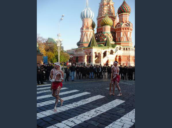Shane McEwan and Paul House perform in Moscow's Red Square